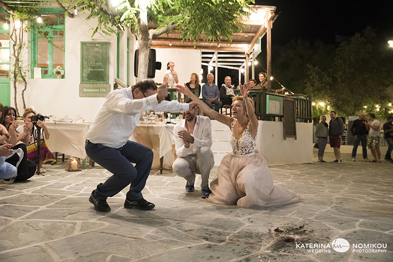 folegandros chic dexiwsi gamos wedding reception 21