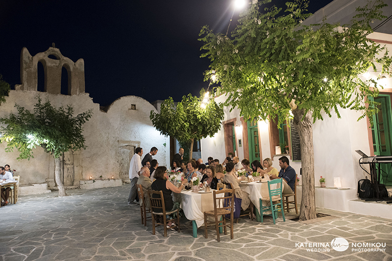 folegandros chic dexiwsi gamos wedding reception 6